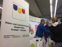 Maler- und Lackiererinnung Niederrhein beim Berufe-Tag in der Gesamtschule Willich
